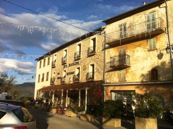 Hotel Beausejour: façade hotel
