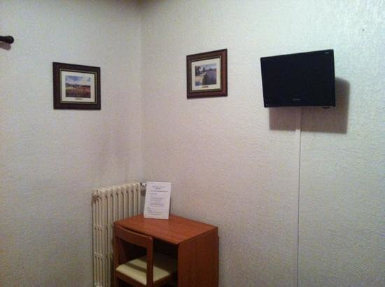 Hotel Beausejour: chambre 1