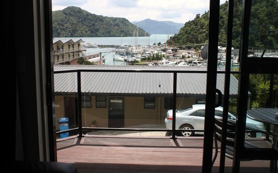Harbour View Motel Picton: View of the harbour in Picton
