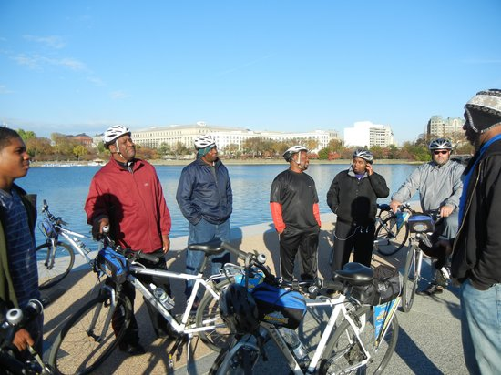 Bike and Roll DC: At ease
