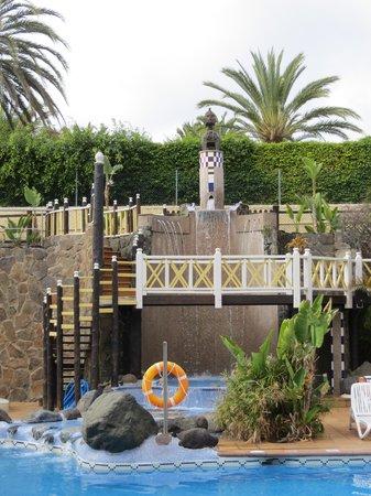 IFA Catarina Hotel: pool side