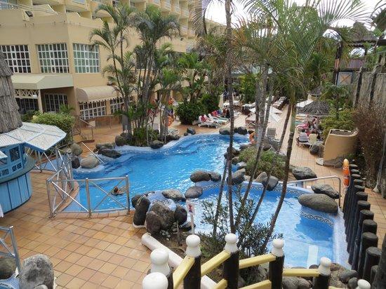 IFA Catarina Hotel: little pool near restaurant