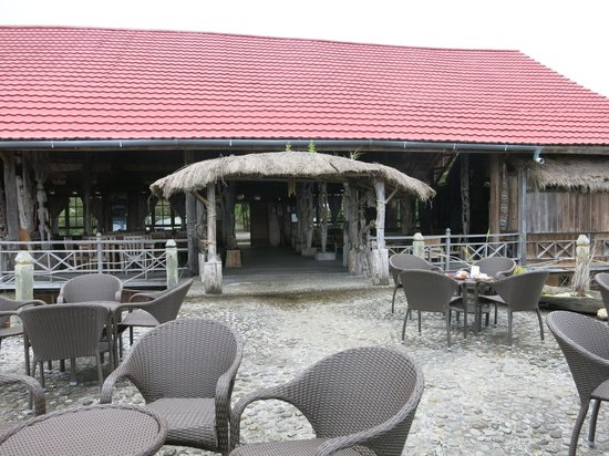 The Baliem Valley Resort: Terrace of the restaurant
