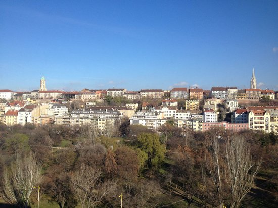 Mercure Budapest Buda: The view from the 8 floor