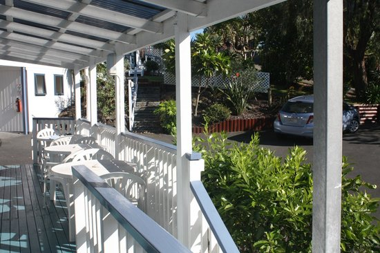 Blue Water Motel : Beautiful porch off the room
