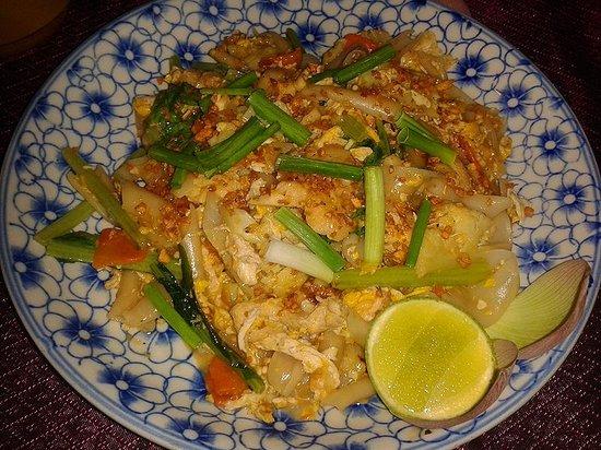 Golden Temple Villa: food at the restaurant