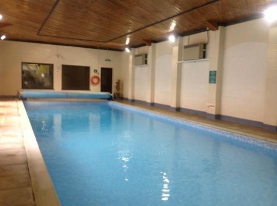 Fieldways Hotel & Health Club: swimming pool