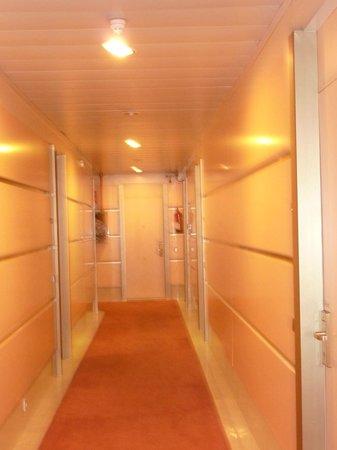 Hotel Arosa: Corredor do hotel