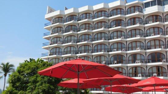 Real Bananas Hotel & Villas: Vista desde la alberca.