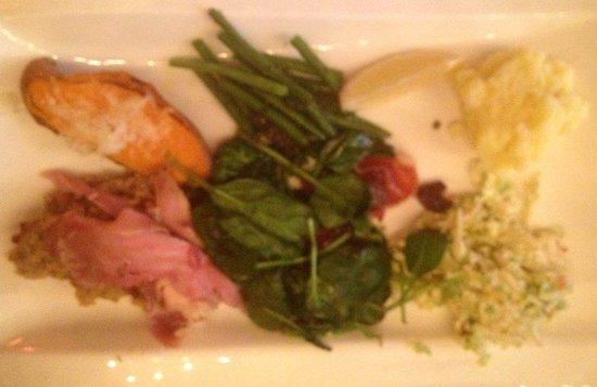 Seasons Restaurant: Thanksgiving Main Course at Seasons