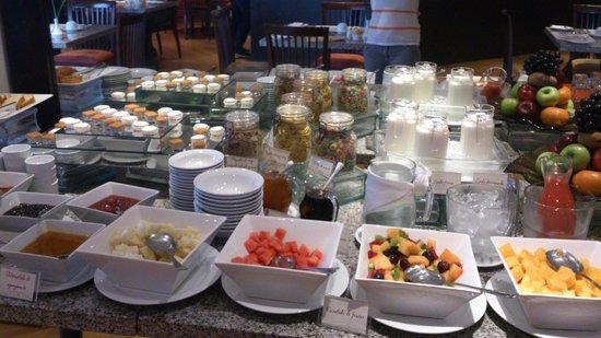 Hotel & Spa Golf Los Incas : Desayuno