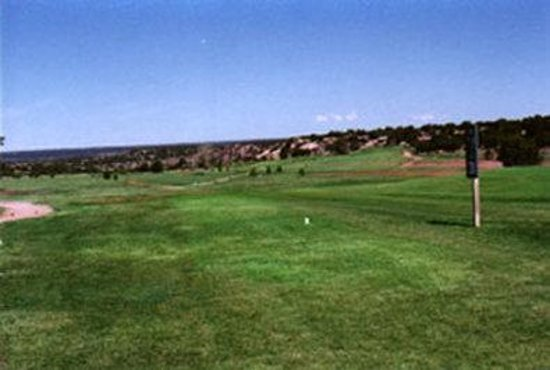 Days Inn & Suites Santa Rosa: Local Golf Course