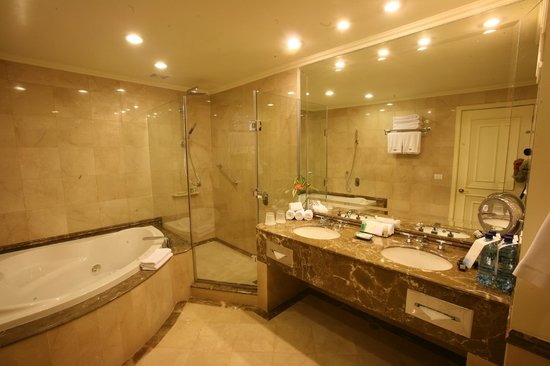 The Westin Camino Real: Baño Jr. Suite