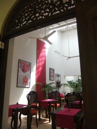 Mango House: view into the main hall