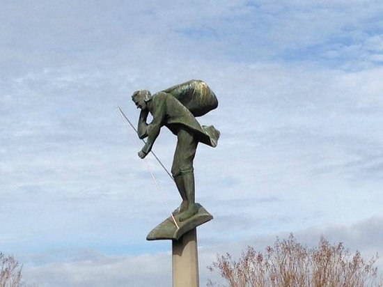 Americus, Gürcistan: Statue of a Wingwalking Lindbergh