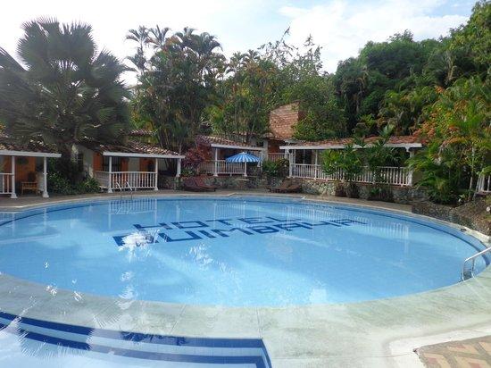 San Jeronimo, Colombia: Uma das piscinas do hotel