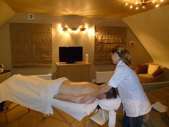 Eindhout, Βέλγιο: Massage in de B&B