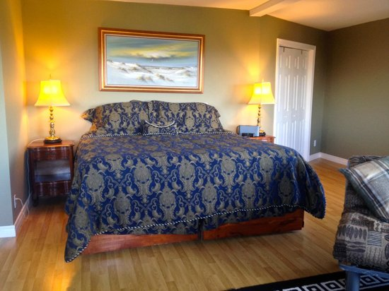 Bella Vista Country House: Panorama Suite with a King Bed and Ensuite Bathroom