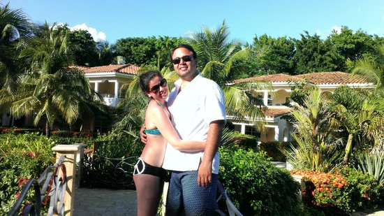 Mayan Princess Beach & Dive Resort: Justo a la piscina