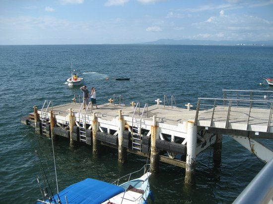 Los Muertos Pier: This is where you get onto the smaller boats for excursions- end of pier