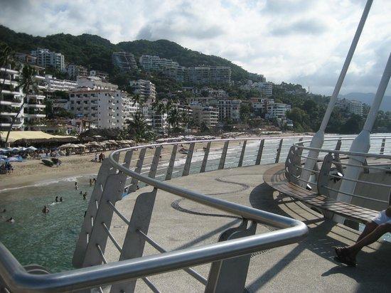 Los Muertos Pier: Looking South from the pier