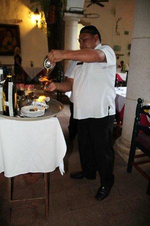 El Meson del Marques : Mayan Coffee being prepared