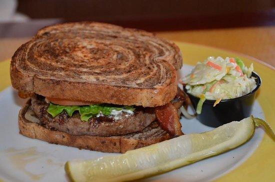 Jimmy's Fish House & Iguana Bar: Hurricane Burger w/Cole Slaw