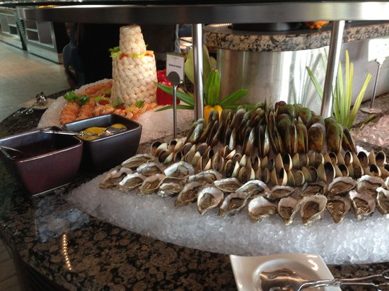 Beachcombers : Fresh oysters and sweet mussels