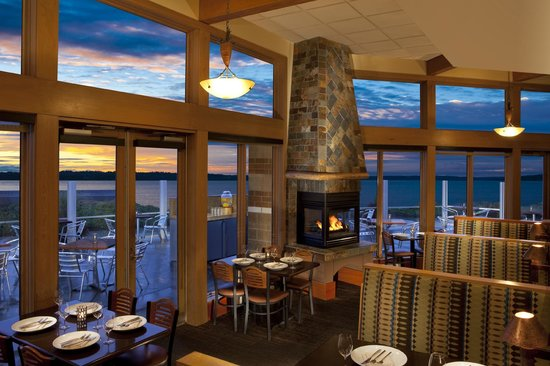 Photo of American Restaurant Beach Cafe at 1270 Carillon Point, Kirkland, WA 98033, United States