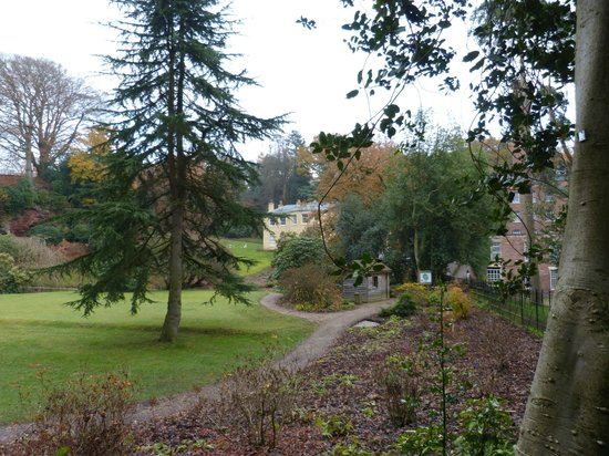 Quarry Bank Mill : Another view of the Estate House