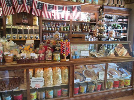 Columbia State Historic Park: Candy, ice cream, and soda - awesome!