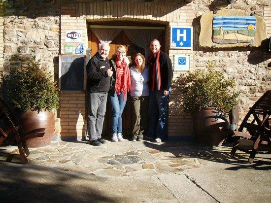 Hotel La Posada de Villalangua: Our wonderful hosts