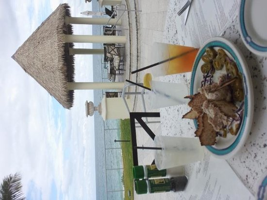 Kimpton Vero Beach Hotel & Spa: Awesome food, drinks and view at Heaton's