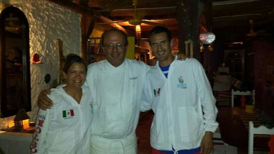 El Chapulim: Con el Chef, Erik, te pasaste con la comida!!!