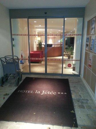 Hotel La Jetee : Entrée
