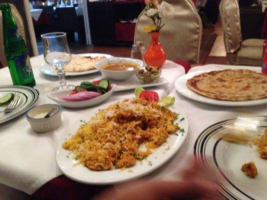 Bollywood : Mmmmm