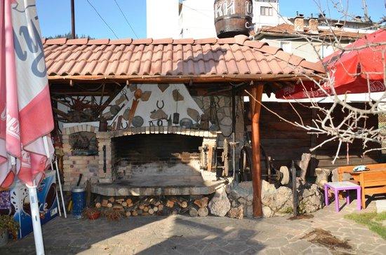 Family Hotel Shoky: kuzu çevirme