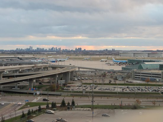 Alt Hotel - Toronto Airport : view from 14th floor
