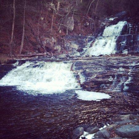 Kent Falls State Park: Waterfalls