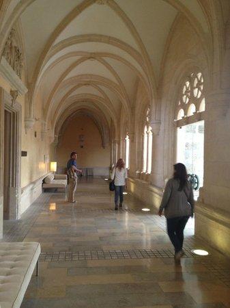 NH Collection Palacio de Burgos: interior del hotel