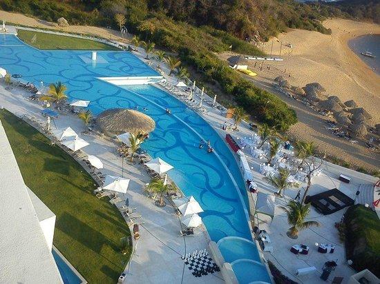 Secrets Huatulco Resort & Spa: ALBERCAS