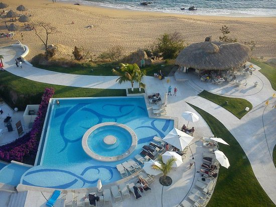 Secrets Huatulco Resort & Spa: PLAYA Y ALBERCA
