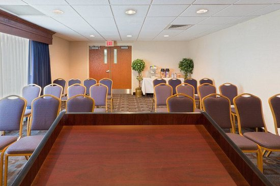 Holiday Inn Express Seaford-Route 13: Meeting Room