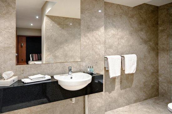 Arkaba Hotel: Loft Suite 2nd bathroom 601 & 601