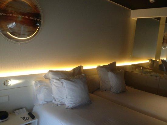 Barcelo Sants : cama