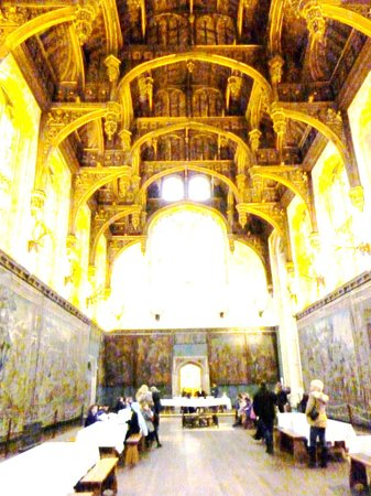 Hampton Court Palace: The Queen Anne dining hall