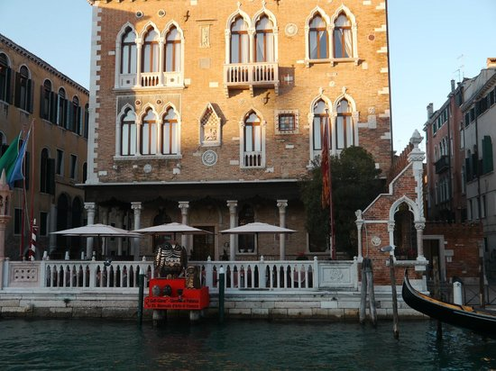 Hotel Palazzo Stern: Hotel facade View from the Grand Canal