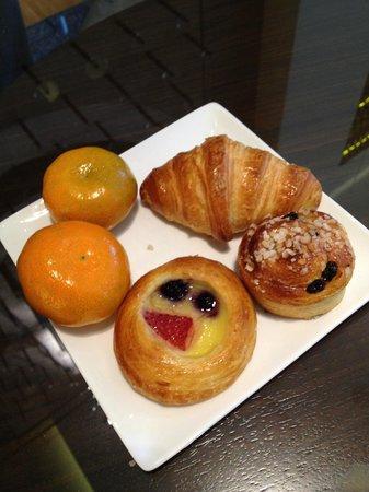 Hotel Zetta San Francisco: Croissant