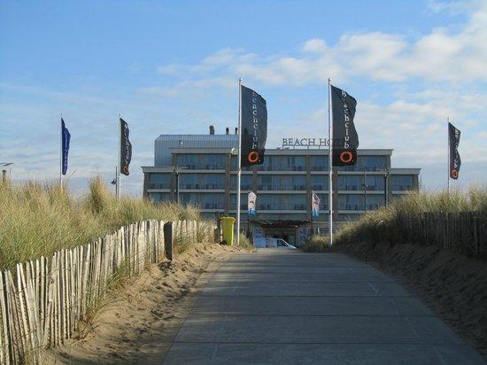 Hotel Van Oranje, Autograph Collection: Hotel vom Strand aus