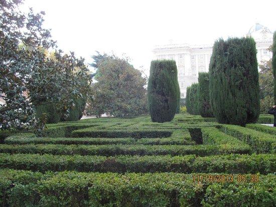 Jardim fotograf a de jardines de sabatini madrid for Jardines de sabatini